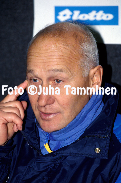 26.10.1994.Coach Roman Ubakivi - Estonia.©JUHA TAMMINEN
