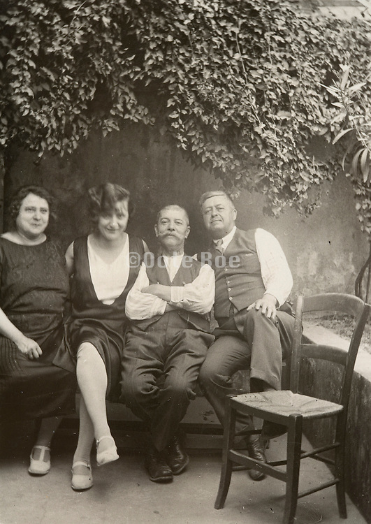 vintage family portrait 1928