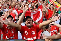 Torcida colorada na partida entre as equipes do Grêmio e Internacional, realizada no Estadio Olimpico, em Porto Alegre, válida pela final do Campeonato Gaúcho. Foto:Jefferson Bernardes/Preview.com
