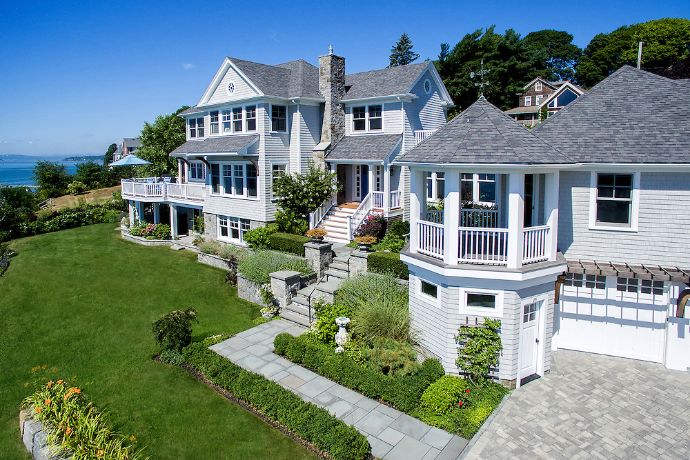 Real estate photographer Tom Sheehan provides high quality interior and exterior residential real estate photography to the entire Massachusetts South Shore and much of Cape Cod including the towns of Cohasset, Duxbury, Hanover, Hingham, Hull, Norwell, Marshfield, Milton, Pembroke, Scituate, Weymouth.