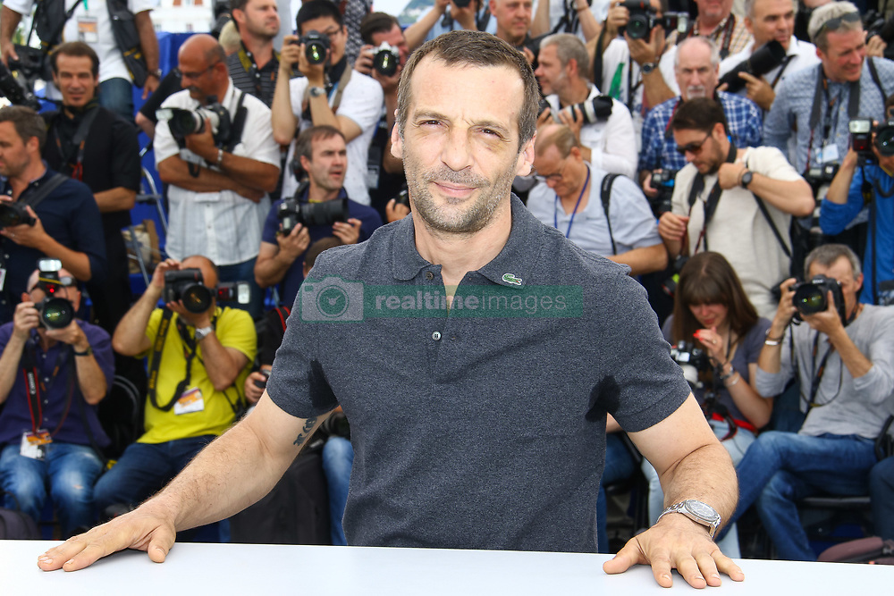 May 22, 2017 - Cannes, Provence-Alpes-Cote-D-Azur, France - Mathieu KASSOVITZ en photocall pour le film HAPPY END lors du soixante-dixième (70ème) Festival du Film à Cannes, Palais des Festivals et des Congres, Cannes, Sud de la France, lundi 22 mai 2017. # 70EME FESTIVAL DE CANNES - PHOTOCALL 'HAPPY END' (Credit Image: © Visual via ZUMA Press)
