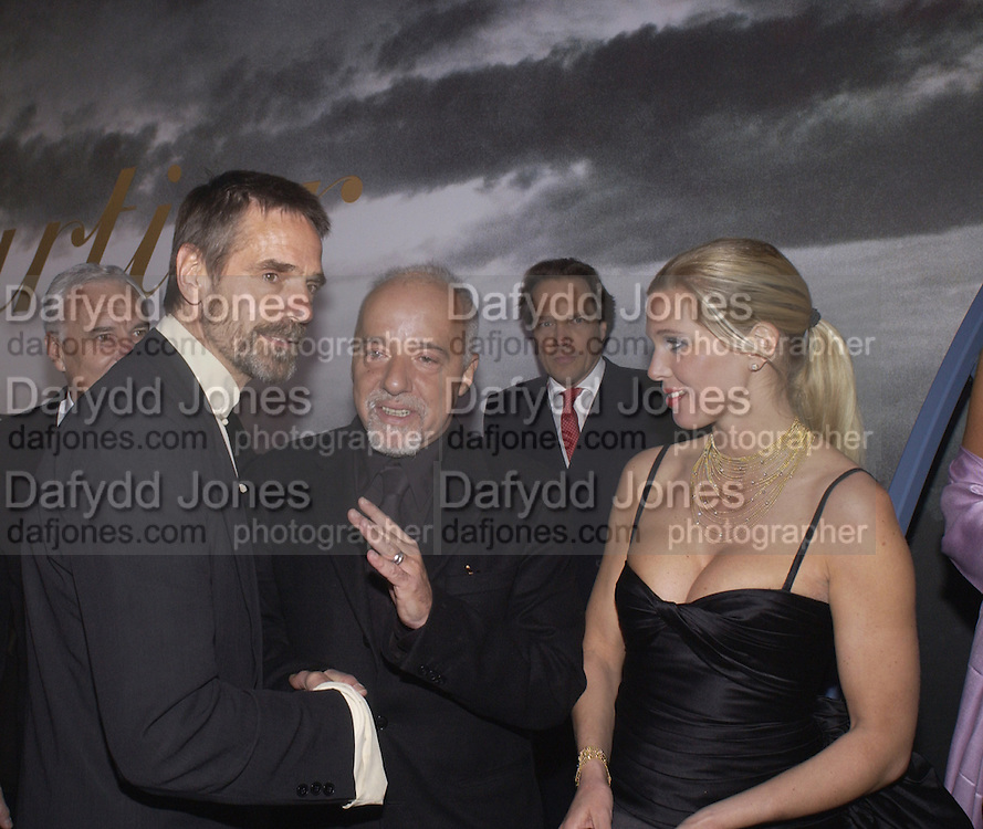 Jeremy Irons ?  and PRINCESS MAJA VON HOHENZLLOE( blonde) , Party to celebrate 100 years of the Santos  de Cartier watch. Le Bourget airport. Paris. 7 April 2004. ONE TIME USE ONLY - DO NOT ARCHIVE  © Copyright Photograph by Dafydd Jones 66 Stockwell Park Rd. London SW9 0DA Tel 020 7733 0108 www.dafjones.com