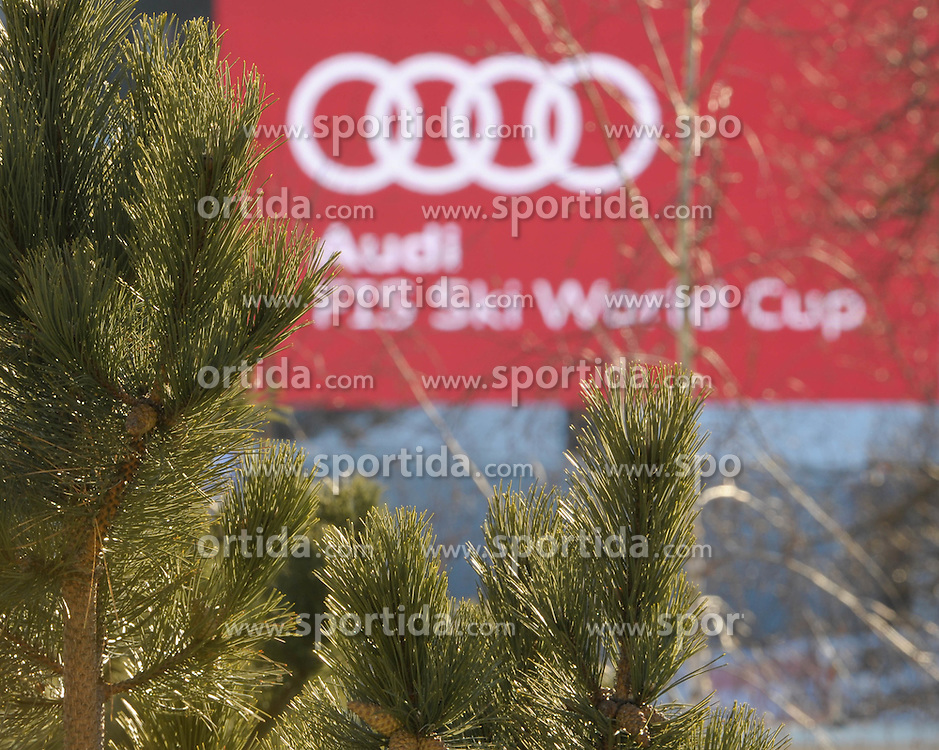 27.12.2011, Hochstein, Lienz, AUT, letzte Vorbereitungen am Hochstein vor dem morgigen Renntag am Hochstein, im Bild Tannen vor Aufschrift Audi FIS Ski World Cup // last preperations before the first race day tomorrow, Lienz, 27-12-2011, EXPA Pictures © 2011, PhotoCredit: EXPA/ M. Gruber