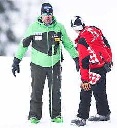 05.02.2013, Planai, Schladming, AUT, FIS Weltmeisterschaften Ski Alpin, Suber G, Damen, im Bild Patrick Riml, U. S. Ski Team Alpin Direktor im Gespraech mit Gerhard Greber Monaco Ski Federation Trainer // Patrick Riml, U. S. Ski Team Alpine Director speaks with Gerhard Greber Monaco Ski Federation Coach during ladies SuperG at the FIS Ski World Championships 2013 at the Planai Course, Schladming, Austria on 2013/02/05. EXPA Pictures © 2013, PhotoCredit: EXPA/ Johann Groder