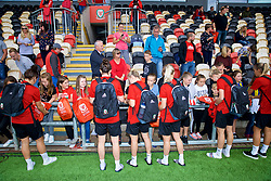 NEWPORT, WALES - Thursday, August 30, 2018: Wales players sign autographs for young supporters after a training session at Rodney Parade ahead of the final FIFA Women's World Cup 2019 Qualifying Round Group 1 match against England. (Pic by David Rawcliffe/Propaganda)