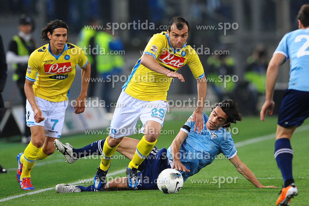 07.04.2012, Olympiastadion, Rom, ITA, Serie A, Lazio Rom vs SSC Neapel, 31. Spieltag, im Bild Goran Pandev Napoli, Giuseppe Biava Lazio // during the football match of Italian 'Serie A' league, 31th round, between Lazio Rom and SSC Neapel at Olympic Stadium, Rome, Italy on 2012/04/07. EXPA Pictures © 2012, PhotoCredit: EXPA/ Insidefoto/ Andrea Staccioli..***** ATTENTION - for AUT, SLO, CRO, SRB, SUI and SWE only *****