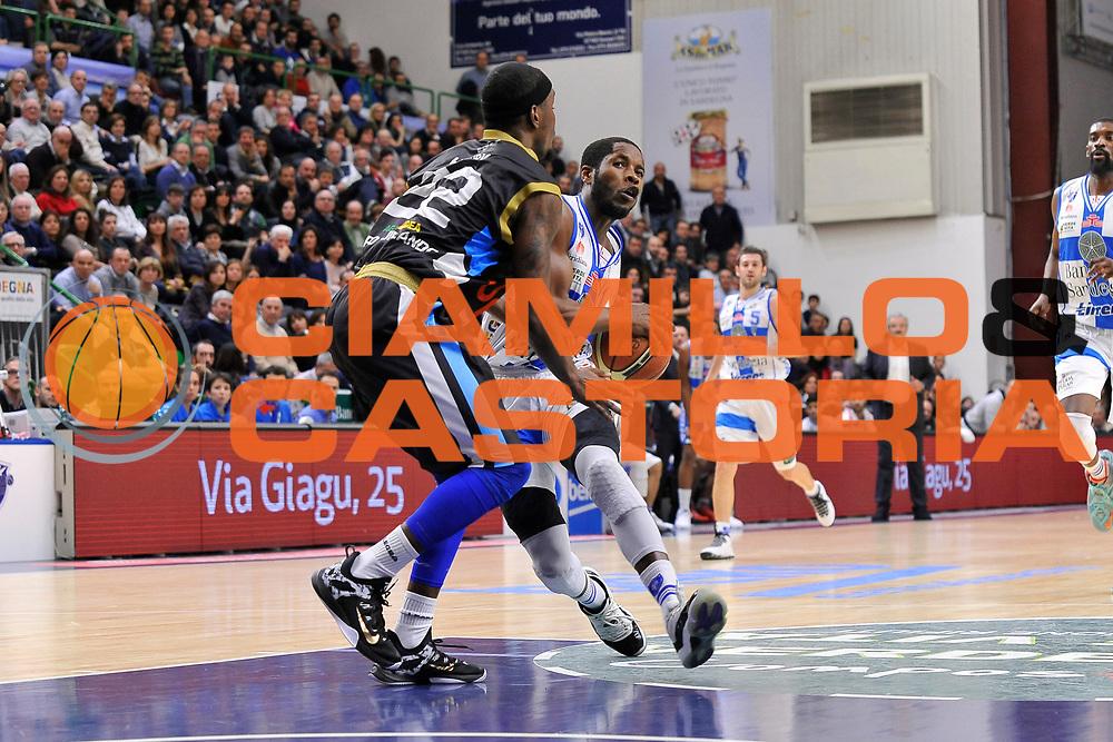 DESCRIZIONE : Campionato 2014/15 Serie A Beko Dinamo Banco di Sardegna Sassari - Upea Capo D'Orlando <br /> GIOCATORE : Jerome Dyson<br /> CATEGORIA : Palleggio Penetrazione<br /> SQUADRA : Dinamo Banco di Sardegna Sassari<br /> EVENTO : LegaBasket Serie A Beko 2014/2015 <br /> GARA : Dinamo Banco di Sardegna Sassari - Upea Capo D'Orlando <br /> DATA : 22/03/2015 <br /> SPORT : Pallacanestro <br /> AUTORE : Agenzia Ciamillo-Castoria/C.Atzori <br /> Galleria : LegaBasket Serie A Beko 2014/2015