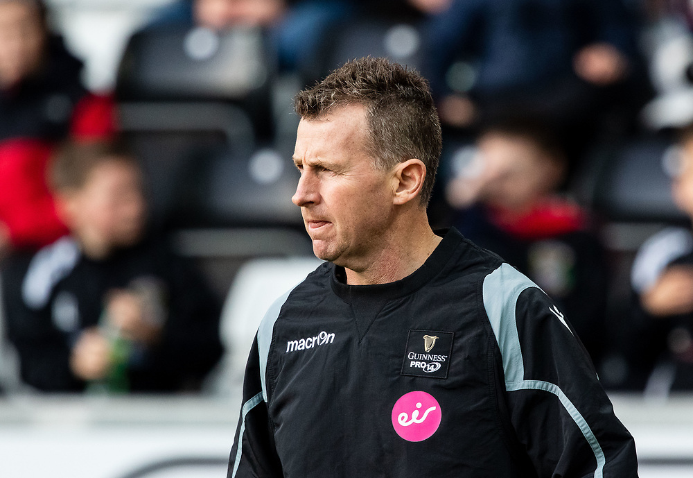 Assistant referee Nigel Owens<br /> <br /> Photographer Simon King/Replay Images<br /> <br /> Guinness PRO14 Round 11 - Ospreys v Scarlets - Saturday 22nd December 2018 - Liberty Stadium - Swansea<br /> <br /> World Copyright © Replay Images . All rights reserved. info@replayimages.co.uk - http://replayimages.co.uk