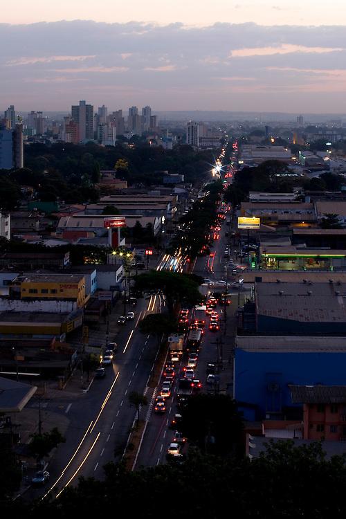 Goiania _ GO, Brasil...Vista panoramica de Goiania ao anoitecer...The Goiania panoramic view at dusk...Foto: BRUNO MAGALHAES / NITRO