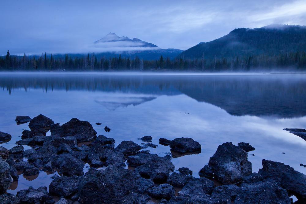 Sparks Lake, Oregon at dawn