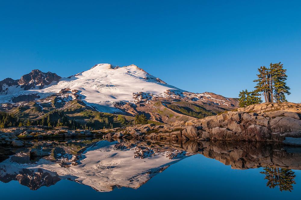 Mount Baker and tarn near Park Butte Trail, northern Cascade Mountains, Washington.
