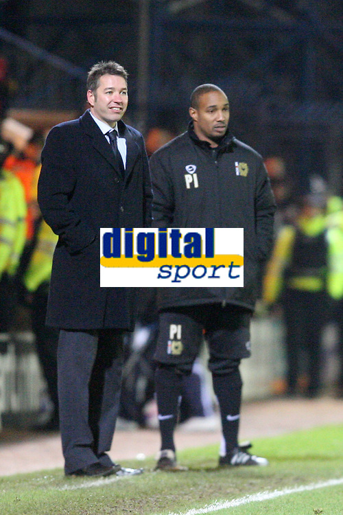 Photo: Pete Lorence/Sportsbeat Images.<br />Peterborough United v Milton Keynes Dons. Coca Cola League 2. 15/12/2007.<br />Duncan Ferguson and Paul Ince during the match.