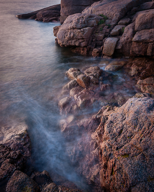 The huge pink granite boulders by the seaside give this part of the coast between Perros-Guirec and Ploumanach its name.