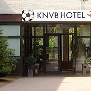 NLD/Zeist/20060504 - Ingang KNVB hotel Zeist