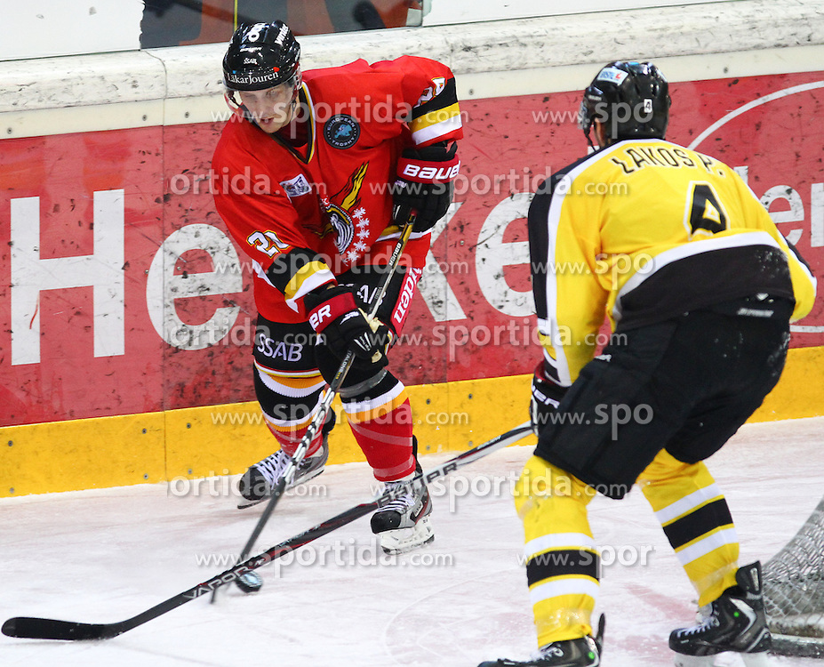 15.12.2012, Albert Schultz Eishalle, Wien, AUT, European Trophy, Viertelfinale, Lulea Hockey vs UPC Vienna Capitals, im Bild Joonas Vihko, (Lulea Hockey, #20) und Philippe Lakos, (UPC Vienna Capitals, #4)  // during the European Trophy Icehockey quarterfinal match betweeen Lulea Hockey (SWE) vs UPC Vienna Capitals (AUT) at the Albert Schultz Eishalle, Vienna, Austria on 2012/12/15. EXPA Pictures © 2012, PhotoCredit: EXPA/ Thomas Haumer