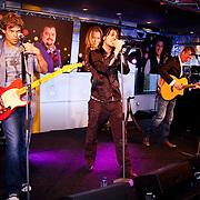 NLD/Hilversum/20100402 - Start Sterren.nl radiostation, optreden van de 3J's