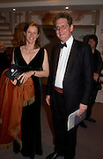 Viscount and Viscountess Dupplin. The Grosvenor House Art and Antiques Fair charity Gala evening in aid of the NSPCC. 16 June2005. ONE TIME USE ONLY - DO NOT ARCHIVE  © Copyright Photograph by Dafydd Jones 66 Stockwell Park Rd. London SW9 0DA Tel 020 7733 0108 www.dafjones.com