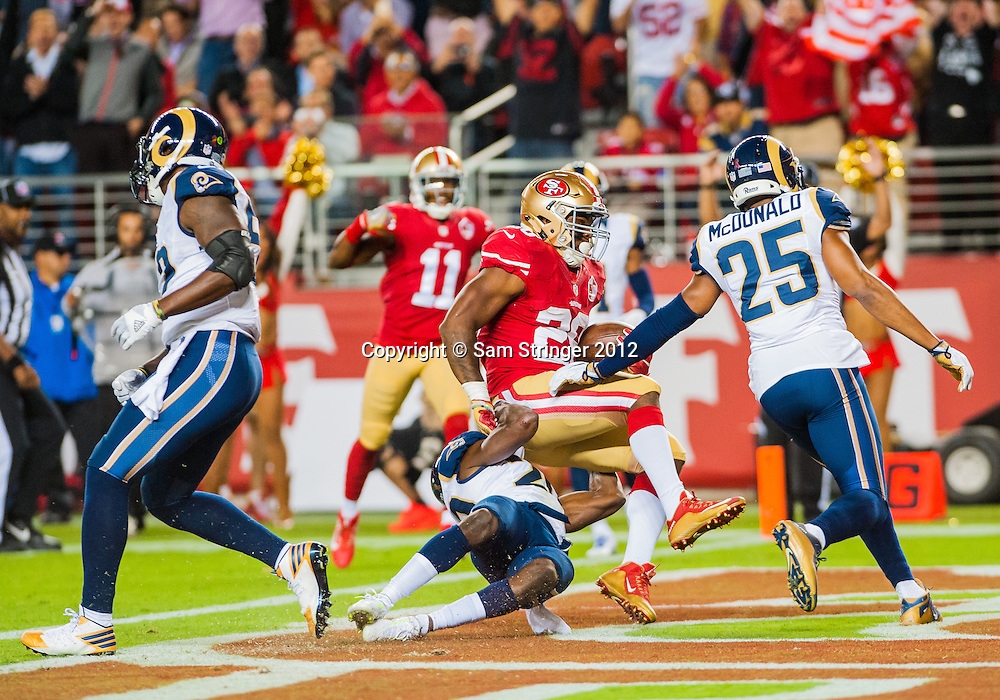 SEP 12,2016: San Francisco 49ers strong safety Jaquiski Tartt (29) scores on a play in the first half  during the regular season NFL  game between the San Francisco 49ers verses the Los Angeles Rams at Levi's Stadium in Santa Clara, CA. (Photo by Samuel Stringer/Icon Sportswire)