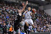 DESCRIZIONE : Eurolega Euroleague 2014/15 Gir.A Dinamo Banco di Sardegna Sassari - Nizhny Novgorod<br /> GIOCATORE : David Logan<br /> CATEGORIA : Tiro Penetrazione<br /> SQUADRA : Dinamo Banco di Sardegna Sassari<br /> EVENTO : Eurolega Euroleague 2014/2015<br /> GARA : Dinamo Banco di Sardegna Sassari - Nizhny Novgorod<br /> DATA : 21/11/2014<br /> SPORT : Pallacanestro <br /> AUTORE : Agenzia Ciamillo-Castoria / Luigi Canu<br /> Galleria : Eurolega Euroleague 2014/2015<br /> Fotonotizia : Eurolega Euroleague 2014/15 Gir.A Dinamo Banco di Sardegna Sassari - Nizhny Novgorod<br /> Predefinita :