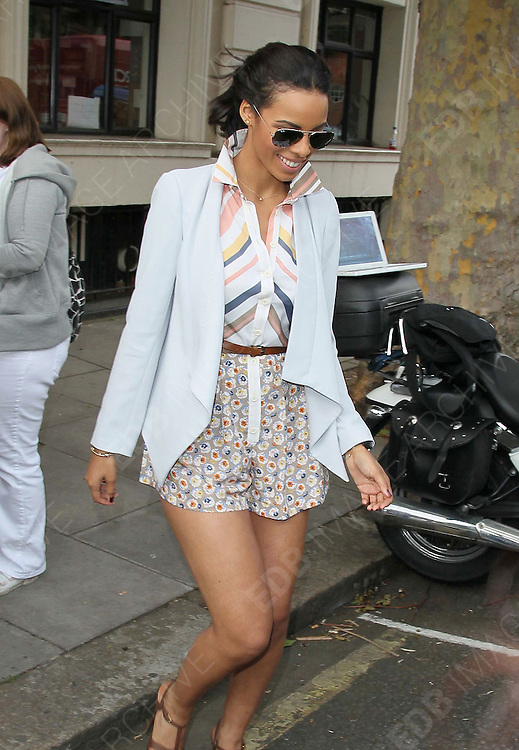 21.JUNE.2011. LONDON<br /> <br /> SINGER ROCHELLE WISEMAN FROM GIRLBAND THE SATURDAYS LEAVING THE BBC RADIO 1 LIVE LOUNGE IN MAIDA VALE, LONDON<br /> <br /> BYLINE: EDBIMAGEARCHIVE.COM<br /> <br /> *THIS IMAGE IS STRICTLY FOR UK NEWSPAPERS AND MAGAZINES ONLY*<br /> *FOR WORLD WIDE SALES AND WEB USE PLEASE CONTACT EDBIMAGEARCHIVE - 0208 954 5968*