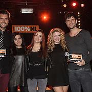 NLD/Amsterdam/20150203 - Uitreiking 100% NL Awards 2015, Ogene reiken de award uit aan Nick en Simon voor Beste Artiest van het Jaar