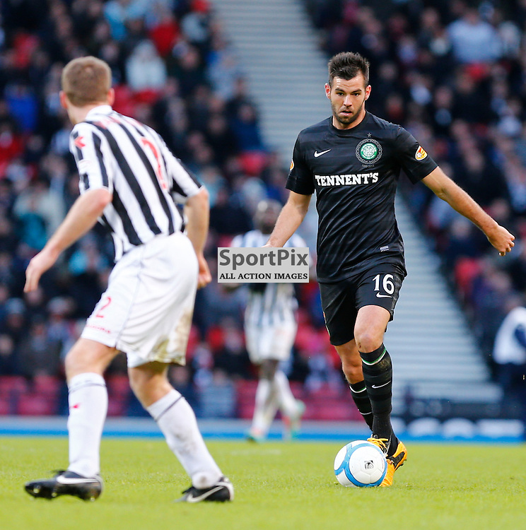 ST.MIRREN v CELTIC Scottish Communities League Cup Semi Final Hampden..Joe Ledley moves to pass David Van Zanten.......(c) STEPHEN LAWSON | StockPix.eu