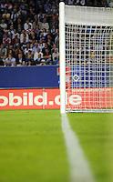 FUSSBALL     1. BUNDESLIGA     SAISON 2007/2008 Symbolbild Fussball, Stadion mit Focus auf Auslinie und Tor Fotografiert am 07.05.2008