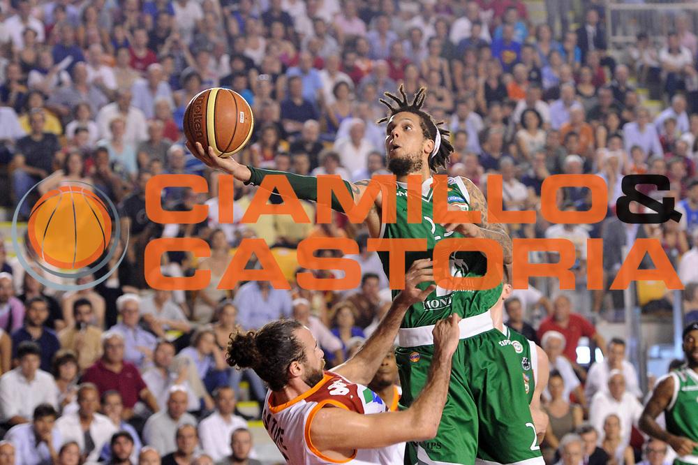 DESCRIZIONE : Roma Lega A 2012-2013 Acea Roma Montepaschi Siena playoff finale gara 5<br /> GIOCATORE : Daniel Hackett<br /> CATEGORIA : tiro penetrazione<br /> SQUADRA : Acea Roma Montepaschi Siena<br /> EVENTO : Campionato Lega A 2012-2013 playoff finale gara 5<br /> GARA : Acea Roma Montepaschi Siena<br /> DATA : 19/06/2013<br /> SPORT : Pallacanestro <br /> AUTORE : Agenzia Ciamillo-Castoria/C.De Massis<br /> Galleria : Lega Basket A 2012-2013  <br /> Fotonotizia : Roma Lega A 2012-2013 Acea Roma Montepaschi Siena playoff finale gara 5<br /> Predefinita :
