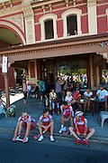 Easy access to athletes before stage starts - 2012 Santos Tour Down Under - Adelaide