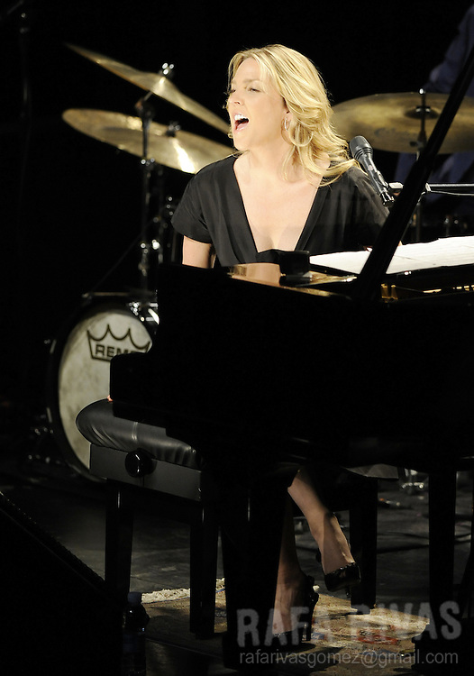US jazz pianist and singer Diana Krall, performs during the 43 Jazzaldia jazz festival, in the northern Spanish Basque city of San Sebastian, on July 24, 2008.  PHOTO Rafa Rivas