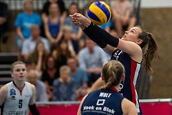 21-04-2019 NED: VC Sneek - Sliedrecht Sport, Sneek<br /> Final Round 2 of 5 Eredivisie volleyball - Sliedrecht Sport win 3-0 / Sarah van Aalen #9 of Sliedrecht Sport