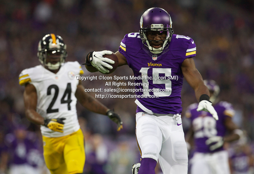 September 29, 2013:    Vikings WR Greg Jennings scores the first TD of the game,  during the 7th NFL International Series game in London with, The Pittsburgh Steelers versus The Minnesota Vikingsat Wembley Stadium in London, England, UK.
