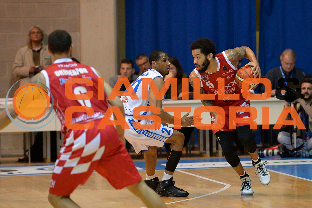 Petteway Terran<br /> Red October Cantu' vs The Flexx Pistoia<br /> Lega A  2016/2017<br /> Desio 15/04/2017<br /> Foto Ciamillo-Castoria<br /> Provvisorio