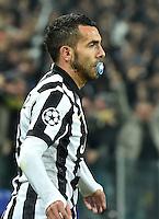 FUSSBALL  CHAMPIONS LEAGUE  SAISON 2014/2015  ACHTELFINAL HINSPIEL Juventus Turin - Borussia Dortmund                           24.02.2015 Carlos Tevez (Juventus Turin) jubelt mit einem Schnuller im Mund