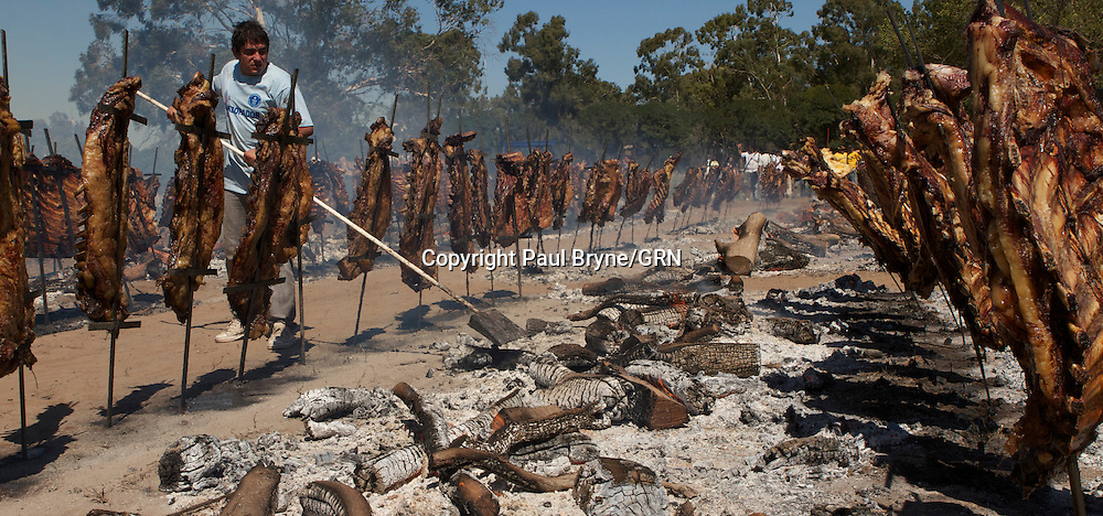 Argentina World record Barbecue. With 13,713 tonnes of meat cooked. Argentina takes the Guinness World record from its neighbour Uruguay which has been held since 2008