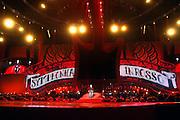 Nederland, Arnhem, 20-10-2006..Marco Borsato in het Gelredome. Symphonica in Rosso...NIET VOOR COMMERCIEEL GEBRUIK...Foto: Flip Franssen/Hollandse Hoogte