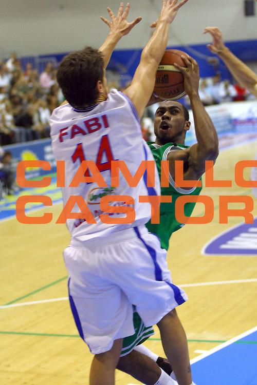 DESCRIZIONE : Capo d'Orlando Lega A1 2007-08 Pierrel Capo d'Orlando Benetton Treviso<br /> GIOCATORE : Lionel Chalmers<br /> SQUADRA : Benetton Treviso<br /> EVENTO : Campionato Lega A1 2007-2008 <br /> GARA : Pierrel Capo d'Orlando Benetton Treviso<br /> DATA : 14/10/2007 <br /> CATEGORIA : Tiro<br /> SPORT : Pallacanestro <br /> AUTORE : Agenzia Ciamillo-Castoria/J.Pappalardo
