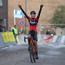 15-12-2019: Wielrennen: Druivencross: Overijse: Annemarie Worst wint in Overijse voor Lucinda Brand en Alice Maria Arzuffi