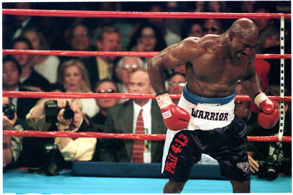 5590218 Tyson V Holyfield Ii Seen Sport Images