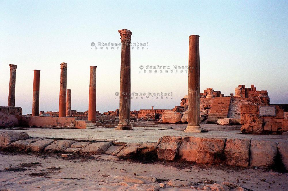 Libia  Sabratha .Città  romana a circa 67km da Tripoli.Il Tempio di Antonino.<br /> Sabratha Libya.Roman city about 67km from Tripoli.<br /> The Temple of Antoninus.