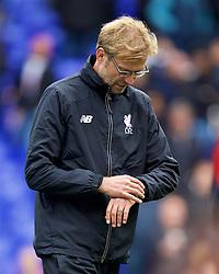 LONDON, ENGLAND - Saturday, October 17, 2015: Liverpool's manager Jürgen Klopp before the Premier League match against Tottenham Hotspur at White Hart Lane. (Pic by David Rawcliffe/Kloppaganda)