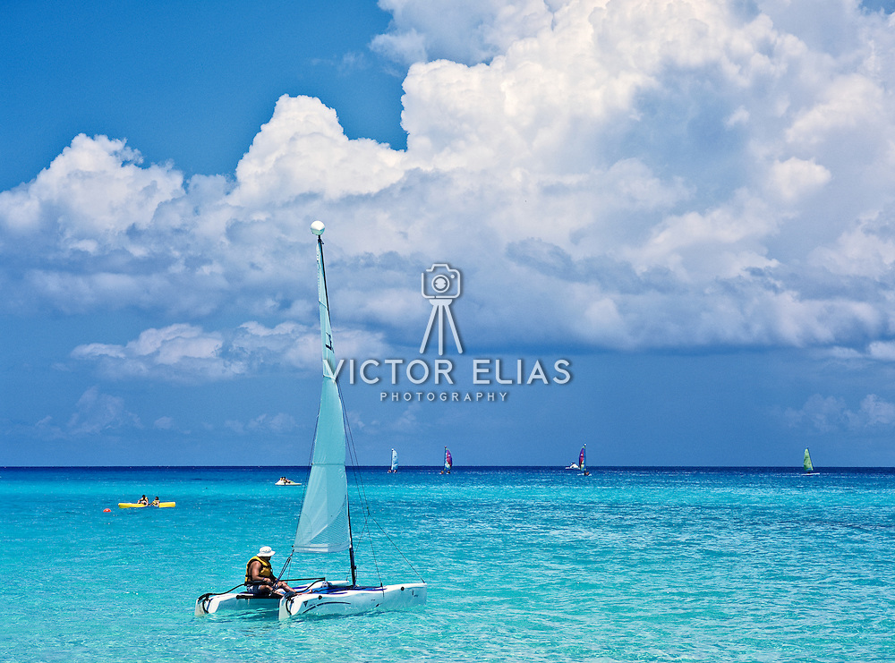Watersports on the beach. Playacar. Playa del Carmen. Quintana Roo, Mexico.