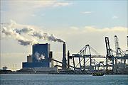 Nederland, the Netherlands, Rotterdam, 3-3-2015De electriciteitscentrale, elektriciteitscentrale, van GDF Suez op de Maasvlakte. Kolengestookte centrale.FOTO: FLIP FRANSSEN/ HOLLANDSE HOOGTE