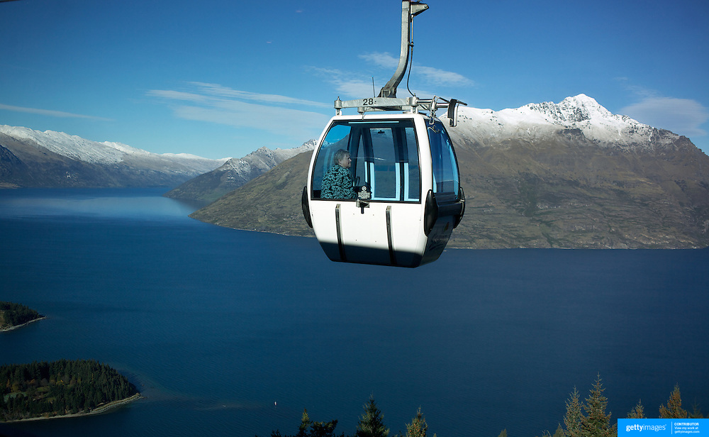A view of Queenstown's mountain ranges and Lake Wakatipu from Skyline scenic gondola which provides panoramic views of Queenstown, ..Queenstown is nestled on the shores of the crystal clear waters of Lake Wakatipu in the Central Otago region of the South Island of New Zealand..Queenstown is New Zealand's premier tourist destination providing an abundance of year round outdoor activities for both young and old. Queenstown, Central Otago, South Island, New Zealand. 18th May 2011. Photo Tim Clayton.