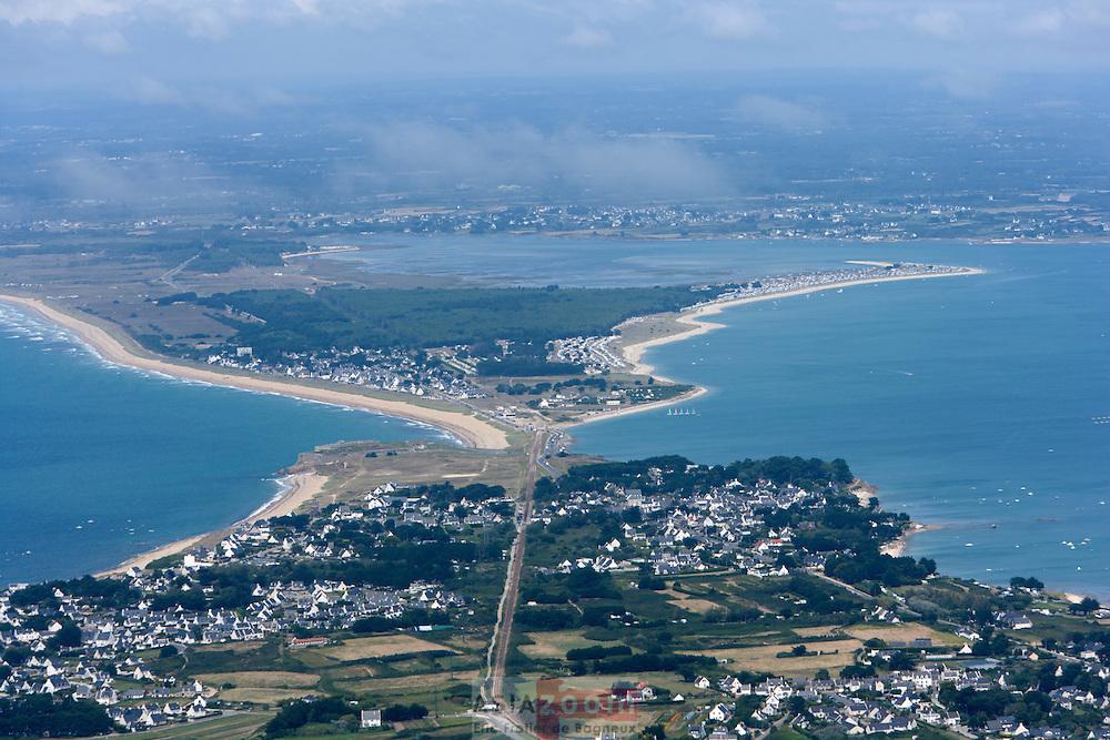 Vue aérienne de Kerhostin et de l'Isthme de Penthievre sur la presqu'ile de Quiberon dans le Morbihan