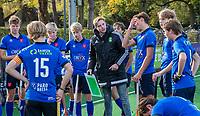 BLOEMENDAAL -  assistent coach Gijs Weenink van Breda, tijdens de  competitiewedstrijd hockey jongens B , Bloemendaal JB1-Breda JB1 (3-2)  , COPYRIGHT KOEN SUYK