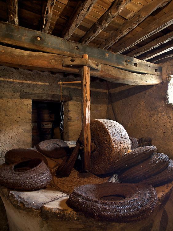 18/Junio/2009 Eivissa.Casa payesa de Cas Costes en Benimussa. Noria de aceite..© JOAN COSTA