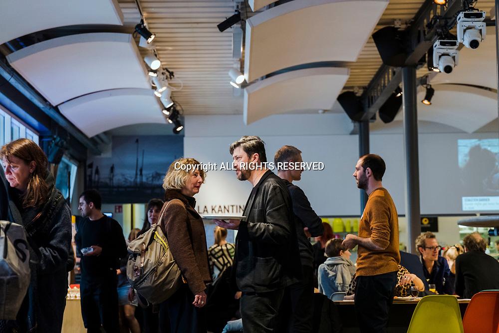 Lausanne, mars 2018. Le Théâtre de Vidy et l'Arsenic organisent des rencontres avec des professionnels, programmateurs, directeurs de théâtre suisses et étrangers. C'est ce qu'on appelle des salons d'artistes. Vincent Baudriller, directeur de Vidy. © Olivier Vogelsang