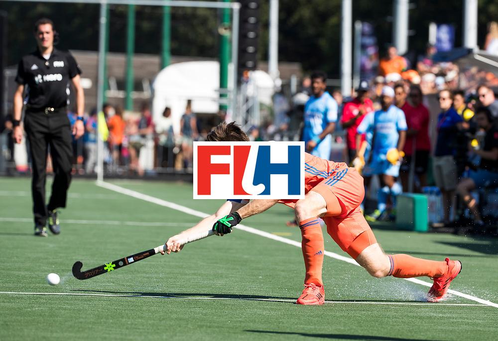 BREDA - Lars Balk (Ned) tijdens Nederland- India (1-1) bij  de Hockey Champions Trophy. India plaatst zich voor de finale.   COPYRIGHT KOEN SUYK