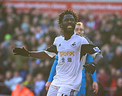 19.01.2014, Liberty Stadion, Swansea, ENG, Premier League, Swansea City vs Tottenham Hotspur, 22. Runde, im Bild Swansea City's Wilfried Bony looks dejected after missing, chance against Tottenham Hotspur // during the English Premier League 22th round match between Swansea City AFC and Tottenham Hotspur at the Liberty Stadion in Swansea, Great Britain on 2014/01/19. EXPA Pictures &copy; 2014, PhotoCredit: EXPA/ Propagandaphoto/ David Rawcliffe<br /> <br /> *****ATTENTION - OUT of ENG, GBR*****
